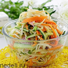 Салат с редькой и огурцом