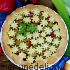 Пирог с луком-пореем и болгарским перцем