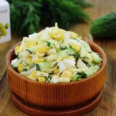 Рецепт салата из кальмаров с яйцом и сыром