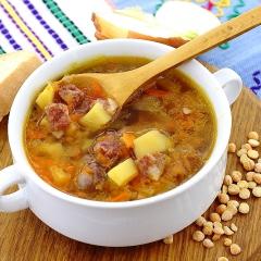 Гороховый суп с копченостями в мультиварке