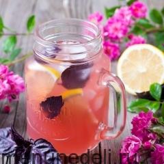 Лимонно-имбирный напиток с базиликом