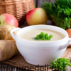 Крем-суп из пастернака с яблоками