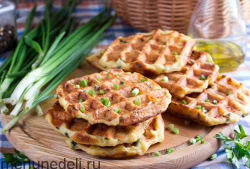 Картофельные вафли в мультипекаре Редмонд