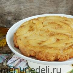 Пряный пирог с грушами