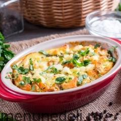 Тыква, запеченная с яйцом и адыгейским сыром