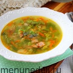 Суп с брокколи и копченой курицей