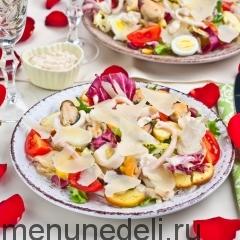 Салат с маринованными морепродуктами