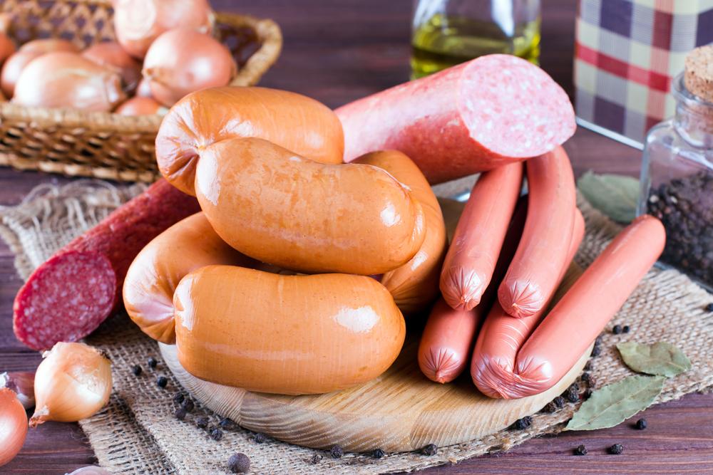 Как заморозить колбасные изделия