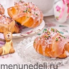 Пасхальные булочки с повидлом