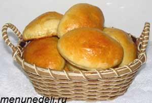 Простые пирожки с капустой на дрожжевом тесте